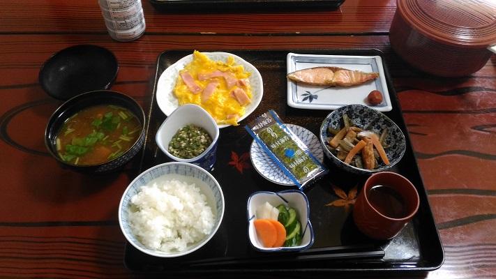 新五郎湯の朝食