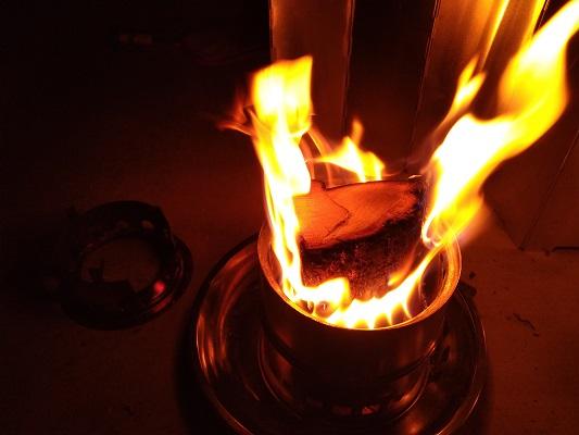 二次燃焼の瞬間
