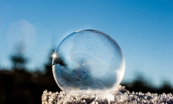 凍るシャボン玉