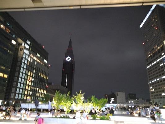 バスタ新宿の広場